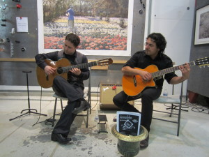 Arnulfo. Flamenco Guitarists. Wonderful music!